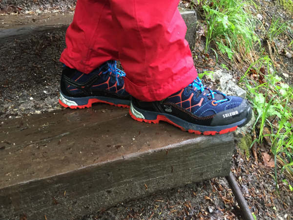 Bergschuh Salewa Alp Trainer Mid Gore-Tex Junior im Test